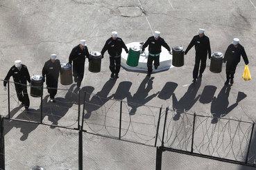Продление ареста не должно быть автоматическим, считает Верховный суд