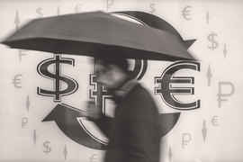 Рубль испытал заметные колебания на фоне вербальных интервенций чиновников