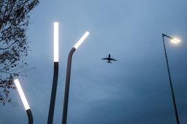 Допуски на международные направления надо выдавать авиакомпаниям только под российские самолеты. Такую идею вице-премьера Дмитрия Рогозина поддержал Владимир Путин
