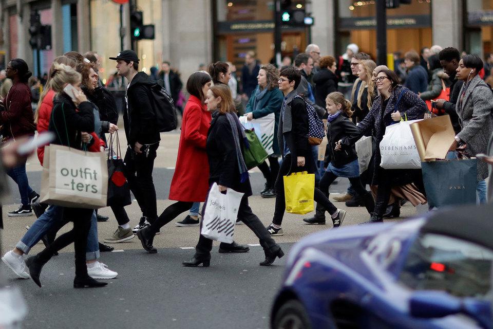 ВВП Англии вырос на2,2% вIV квартале