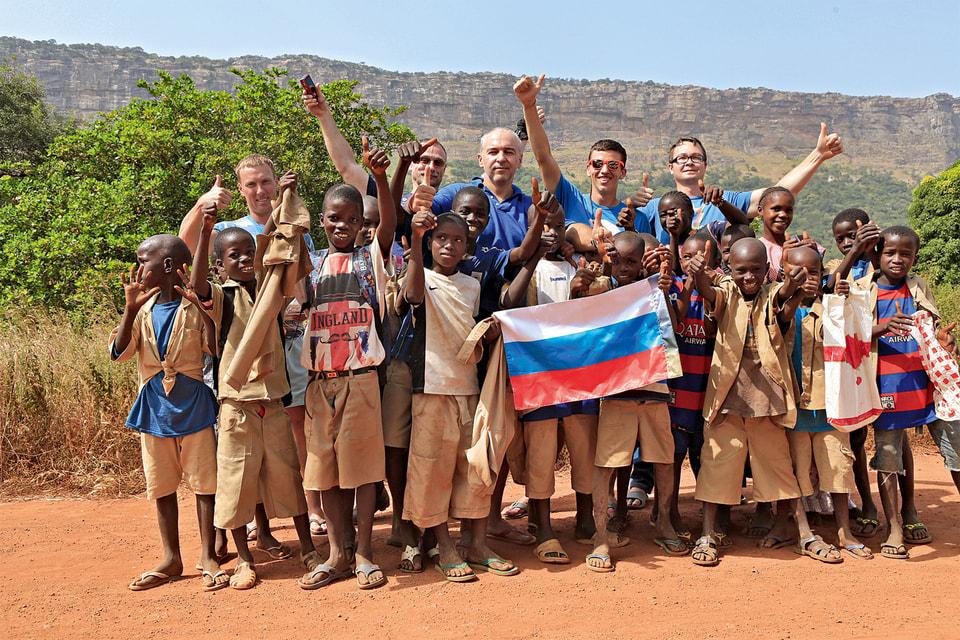 Встреча с группой школьников в Гвинее