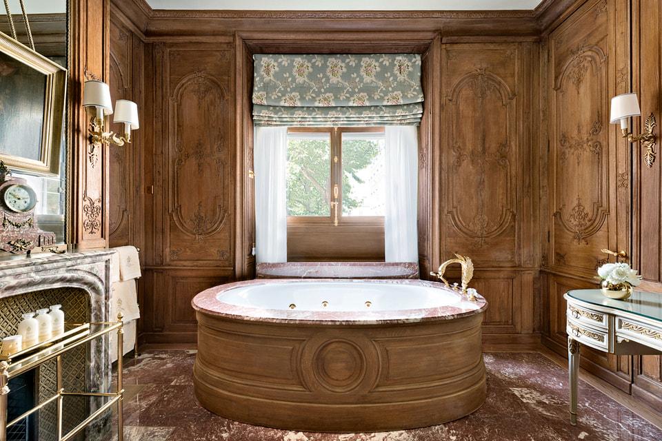 Ванная комната сьюта Imperial