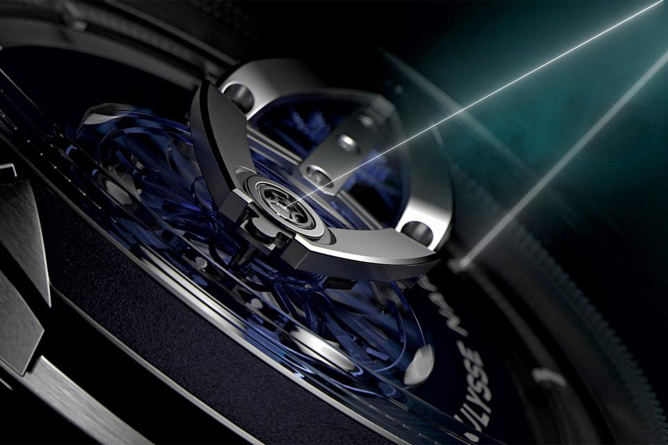 Часы Freak Vision 45 мм полны инноваций: калибр UN250 имеет систему подзавода Grinder и кремниевое балансовое колесо с лопастями из никеля