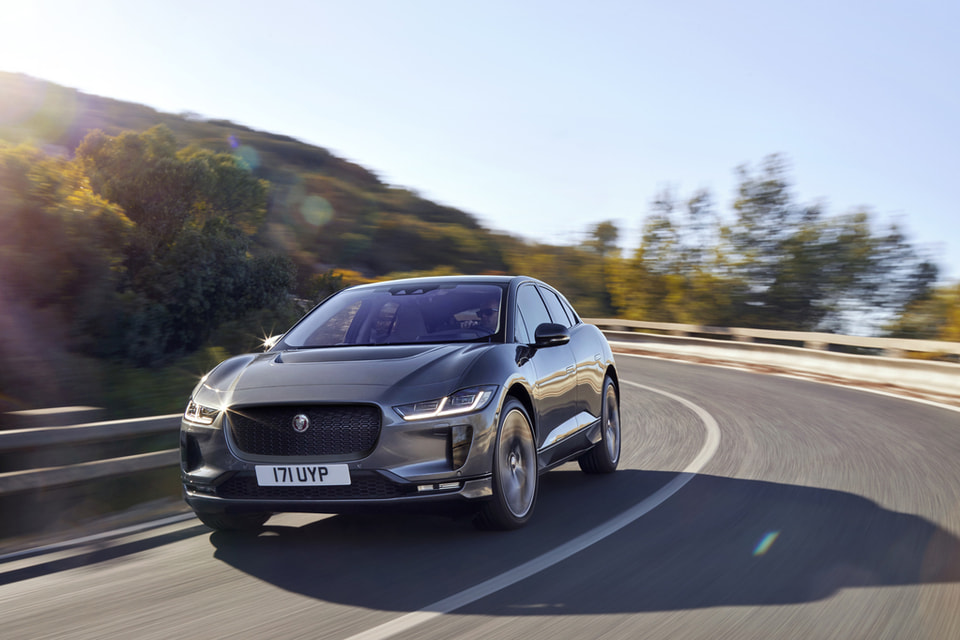 I-PACE - это первый полностью электрический серийный автомобиль Jaguar