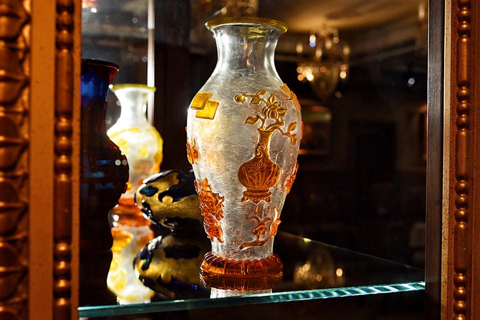 В коллекции Григория Бальцера есть китайские вазы XIX и начала XX веков, которые в основном использовались в качестве подарка