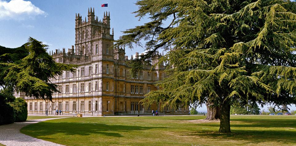 Главное место действия сериала – замок Хайклер в Хэмпшире