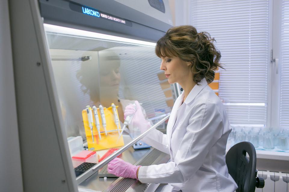 Анна Кудрявцева, кандидат биологических наук. Работа, представленная на конкурс, – «Загадочный путь зарождения опухоли»