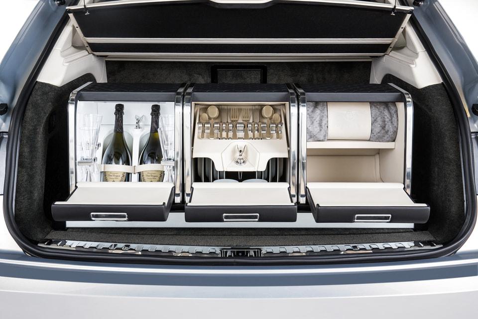 Этот набор для пикника Bentley от Mulliner обойдется в 1 300 000 рублей