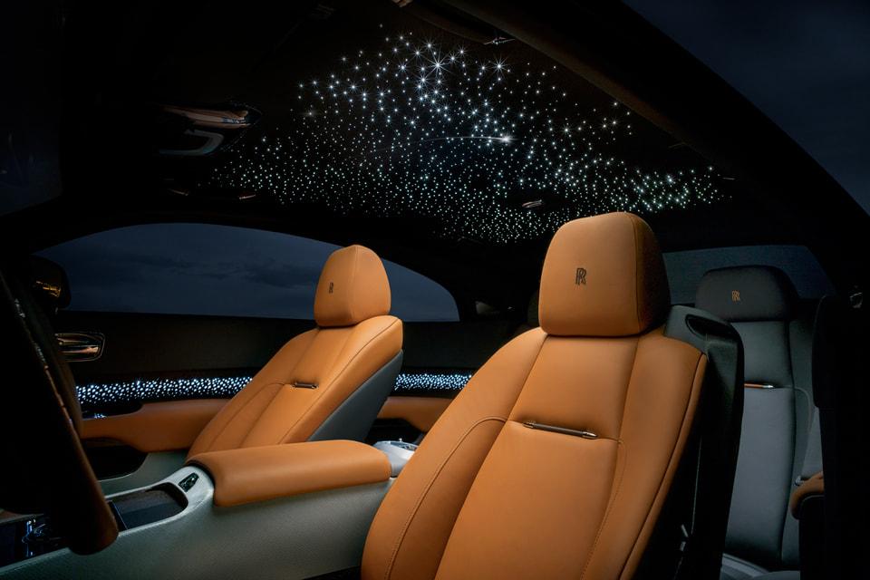 Фирменное «Звездное Небо» Rolls-Royce