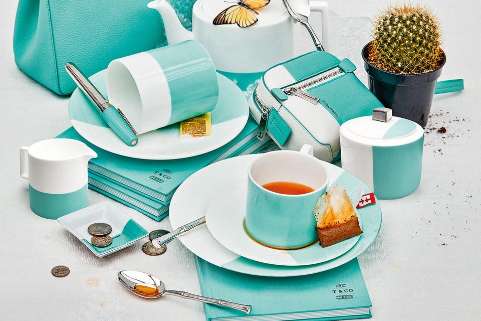 Tiffany & Co. расширил ассортимент посуды  – теперь в коллекции представлены и «взрослые» чайные сервизы, и наборы для детей