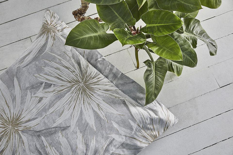 Декоративная подушка Essence of Jungle