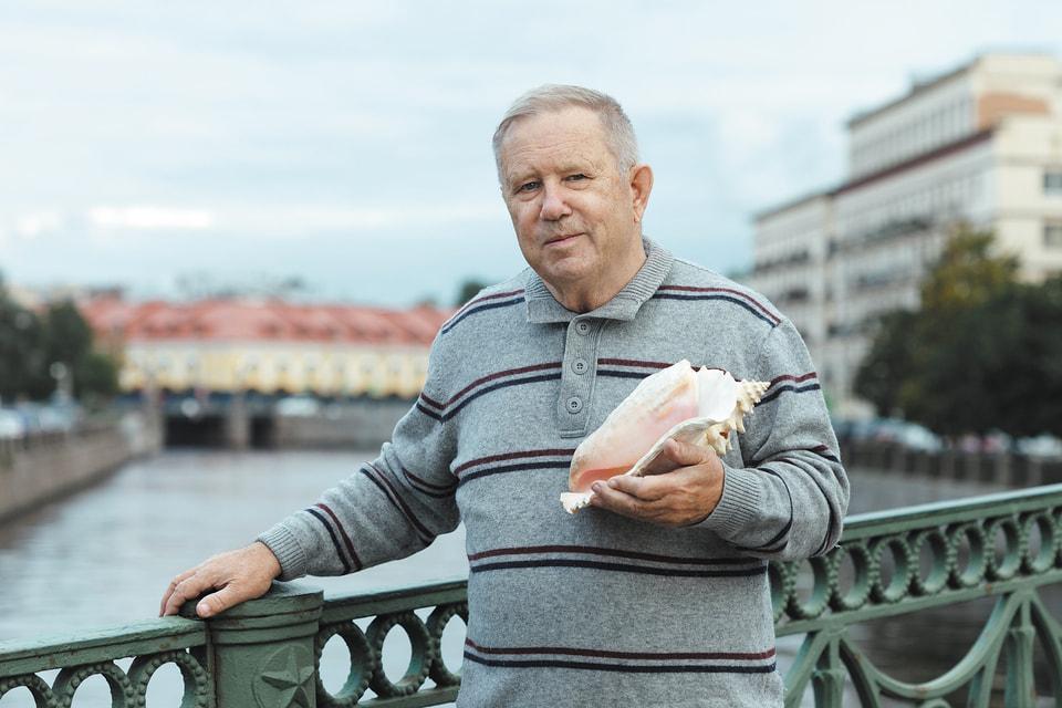 Коллекционер Виктор Киреев, основатель петербургского клуба конхиломанов