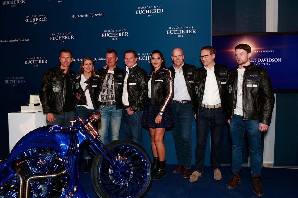 Команда из восьми узких специалистов из обеих компаний трудилась над созданием Harley-Davidson Blue Edition целый год