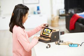 Nintendo Labo – это наборы картонных деталей, из которых можно собирать и «оживлять» самые разные предметы