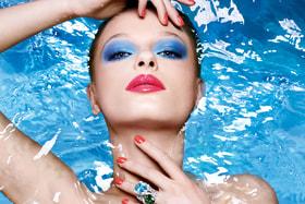 Коллекция Dior Cool  Wave наводит на мысли о жарких  летних днях