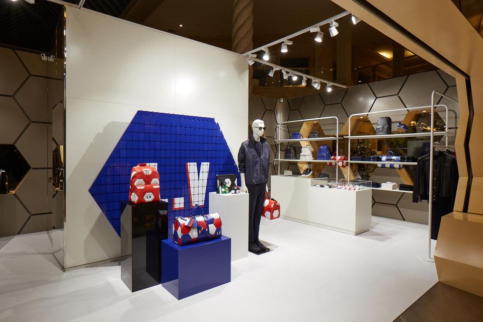 Поп-ап магазин Louis Vuitton внутри «Крокус Сити Молл»