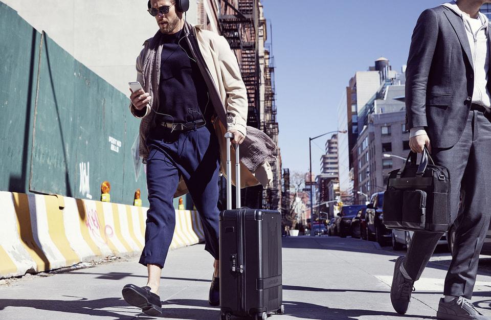 Коллекция чемоданов #MY4810 сочетает в себе современные технологии и старинные секреты мастерства