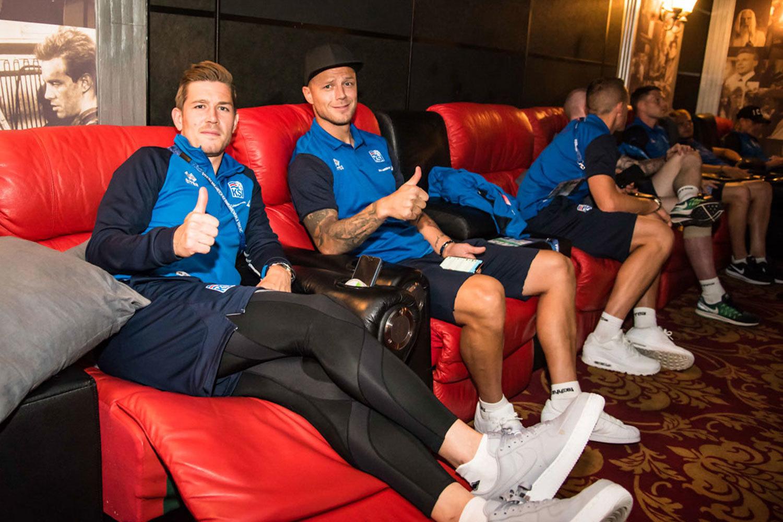 Сборная Исландии перед решающим матчем на ЧМ сходила в кино