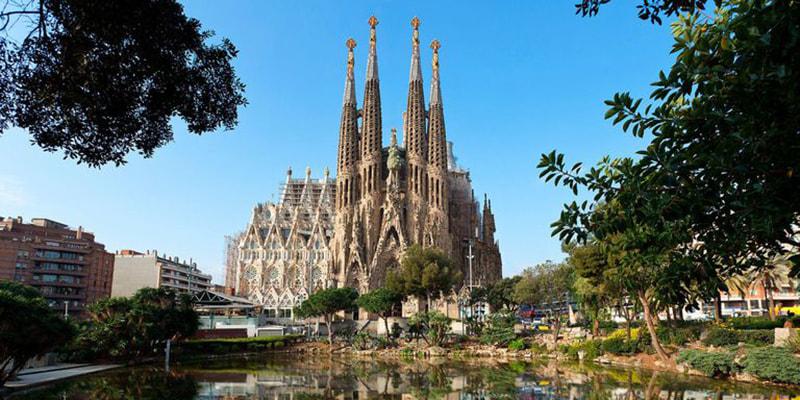 Sagrada Família, один из самых знаменитых в мире «долгостроев», обещают закончить к 2040 году