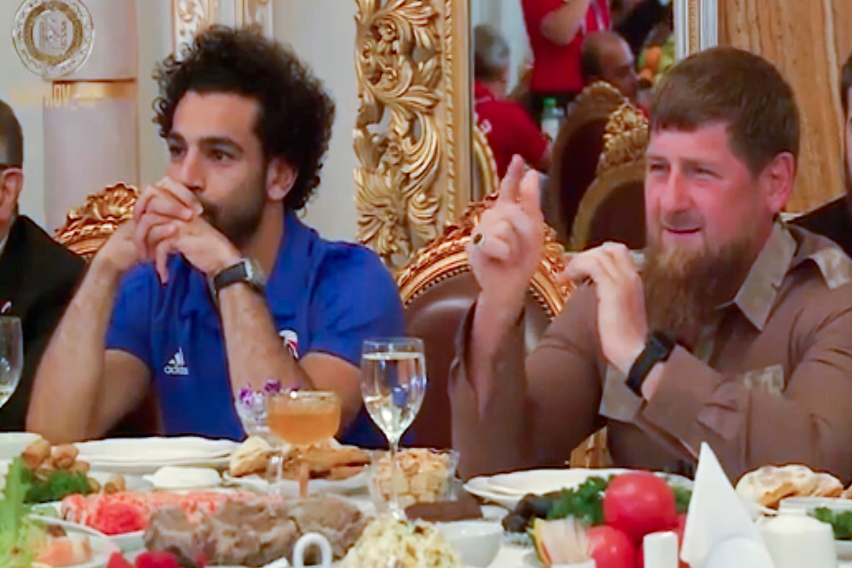 Ужин у Кадырова, «госпитализация» Марадоны и назойливая мошкара в Волгограде