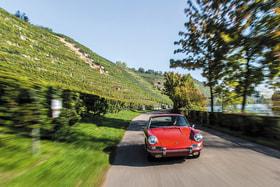 В год 70-летия спорткара Porsche самое время прокатиться на его родину, в Штутгарт и лучшие виноградники земли Баден-Вюртемберг