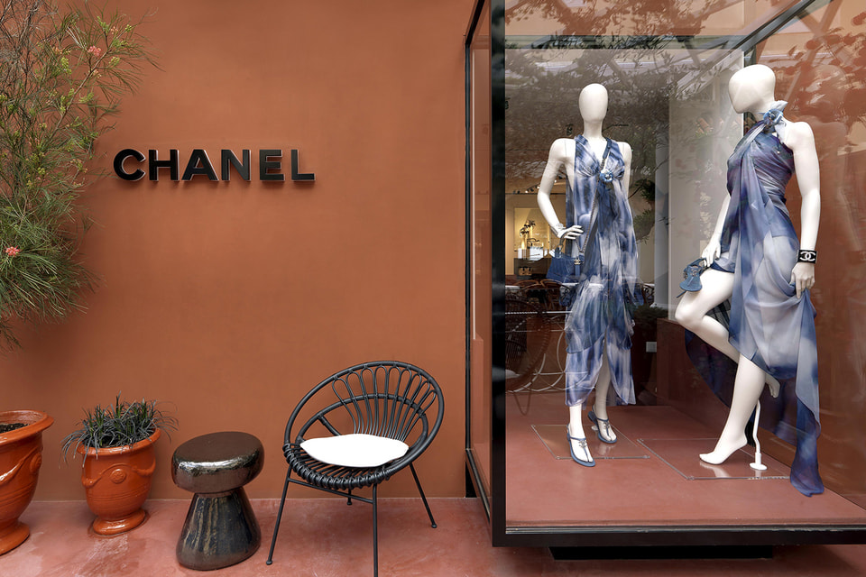 Эфемерный бутик Chanel на Капри