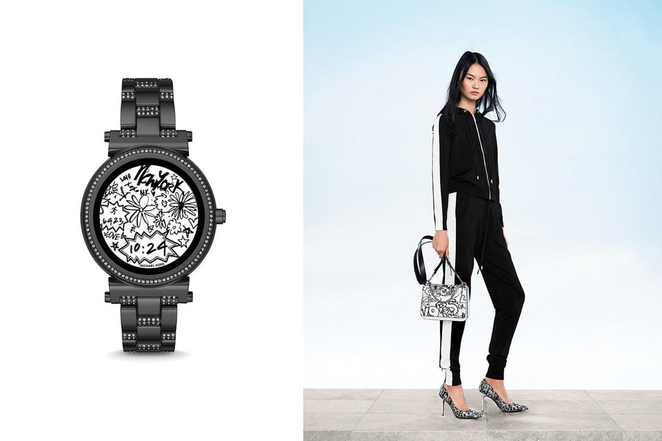 Часы, одежда и аксессуары из новой коллекции
