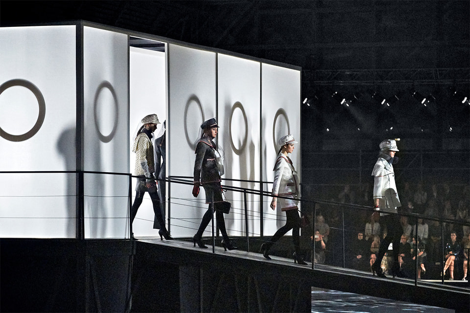 Показ Chanel Metiers d'Art Paris – Hamburg в Москве