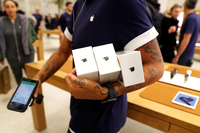 Опрошенные FT аналитики расходятся в прогнозах цен на новые iPhone