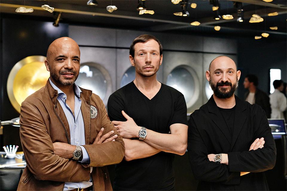 Оливье Одемар, Себастьян Эрразурис и Кайола на стенде Audemars Piguet