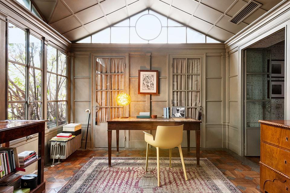 В миланском доме Клаудио Лути тоже есть мебель Kartell
