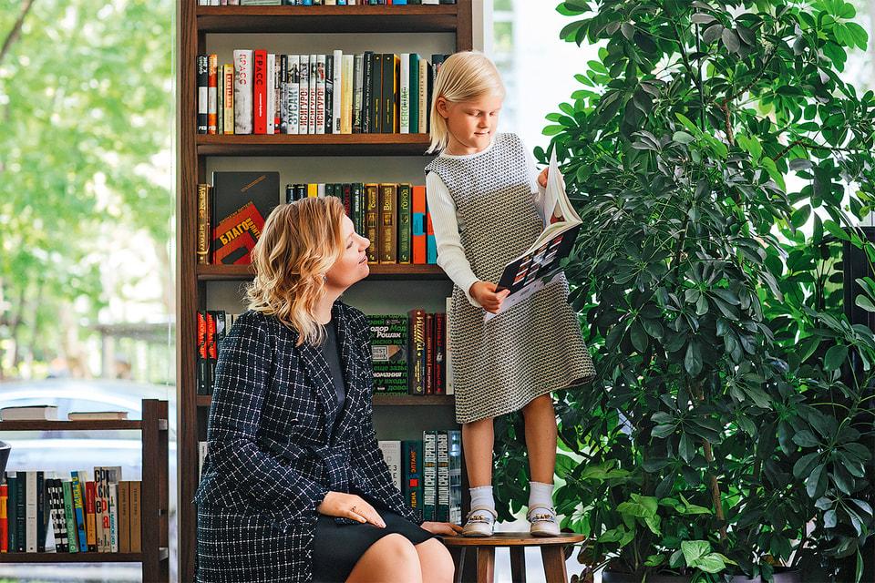 Для креативного директора марки My Junior Киры Калининой ее дочь Арина является главным консультантом и критиком при создании коллекций