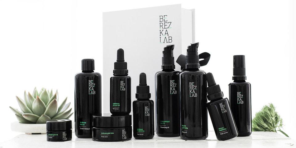 В линейку  Berezka Lab входят семь средств – маска, очищающее масло, различные сыворотки для лица и для рук, бальзам для губ, а также  бьюти-аксессуары