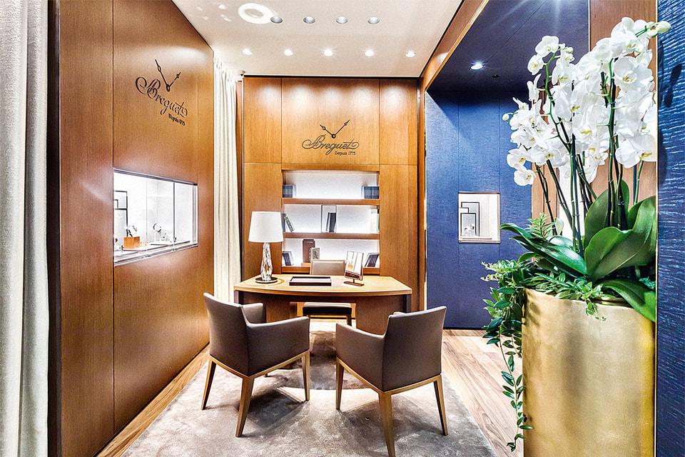 Бутик Breguet в ГУМе – крупнейший магазин бренда в Европе