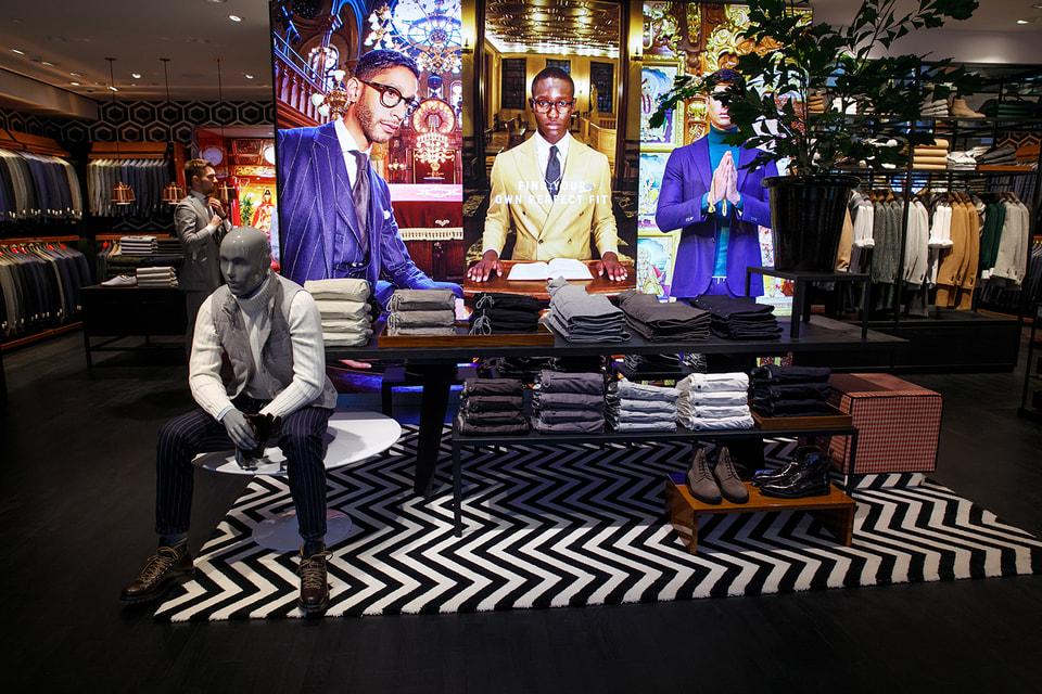 Магазин голландского бренда Suitsupply разместился в старинном особняке