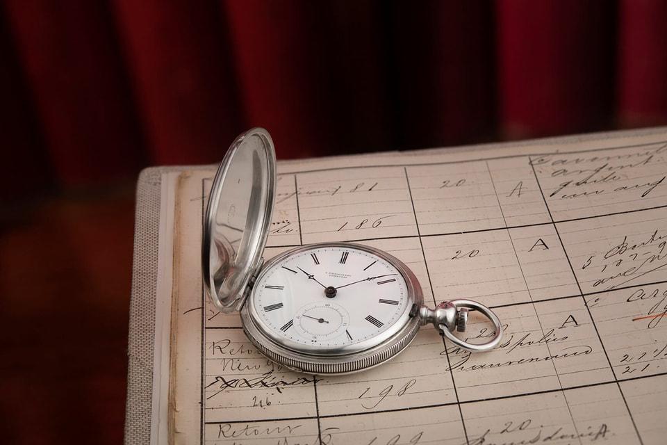 Чтобы установить подлинность модели, историкам и часовым мастерам пришлось поднять архивы  XIX  века