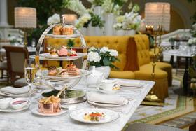 Полуденная церемония в петербургской «Чайной гостиной»