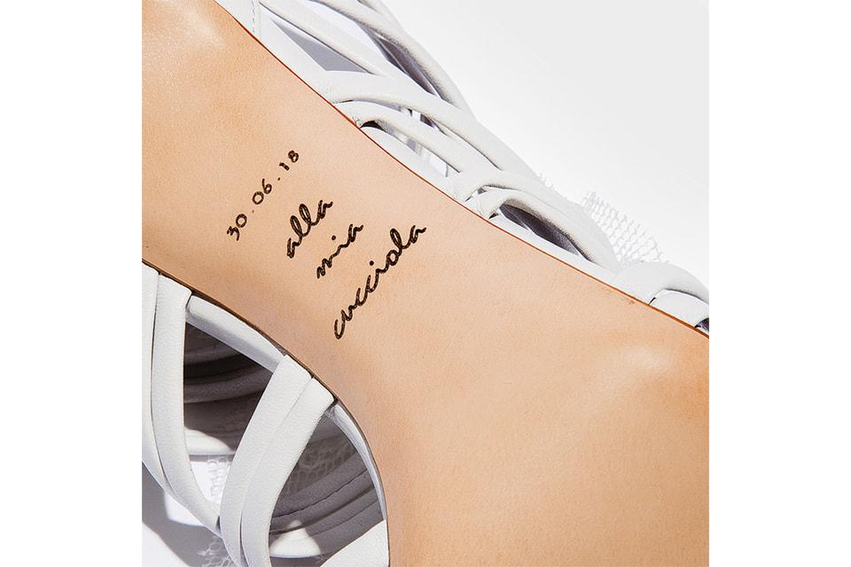 По случаю свадьбы дочери Арианны Чезаре Касадеи создал этим летом специальную модель туфель