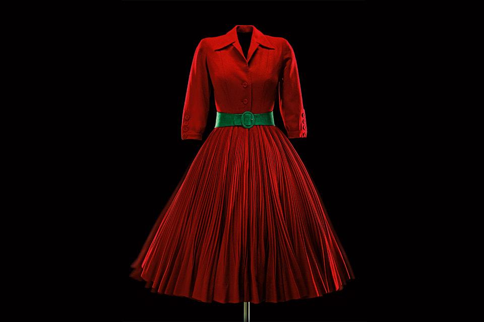Платье Diabless авторства Кристиана Диора из коллекции Christian Dior Haute Couture, осень-зима 1951