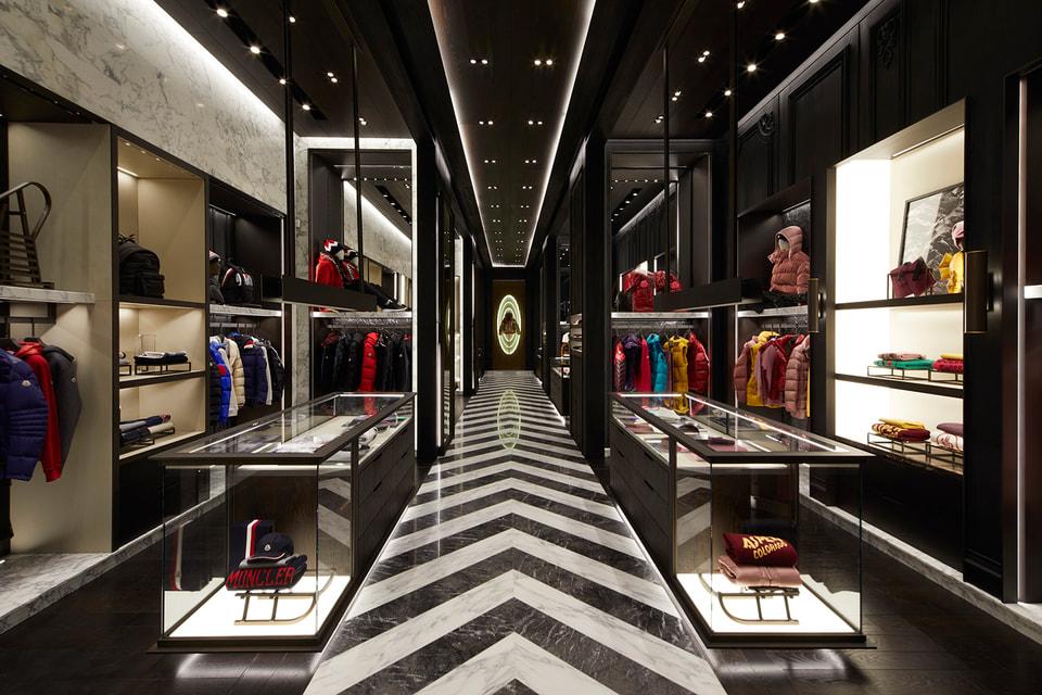 Новый бутик расположен в торговом центре Artz Pedregal Mal в центре Мехико