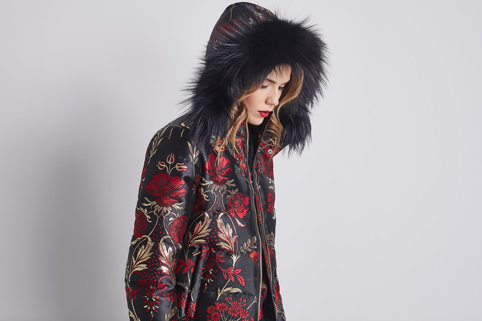 В «русскую» коллекцию Dolce & Gabbana вошли жаккардовые пуховики