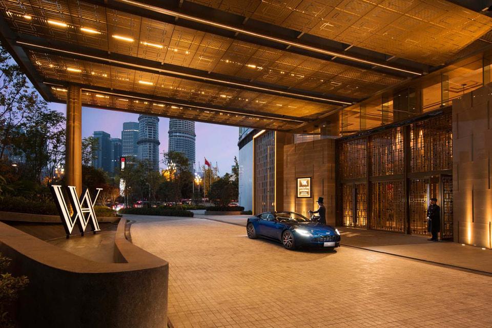 Постояльцев отелей сети Waldorf Astoria Hotels & Resorts будут ждать новейшие модели Aston Martin для тест-драйва по живописным маршрутам