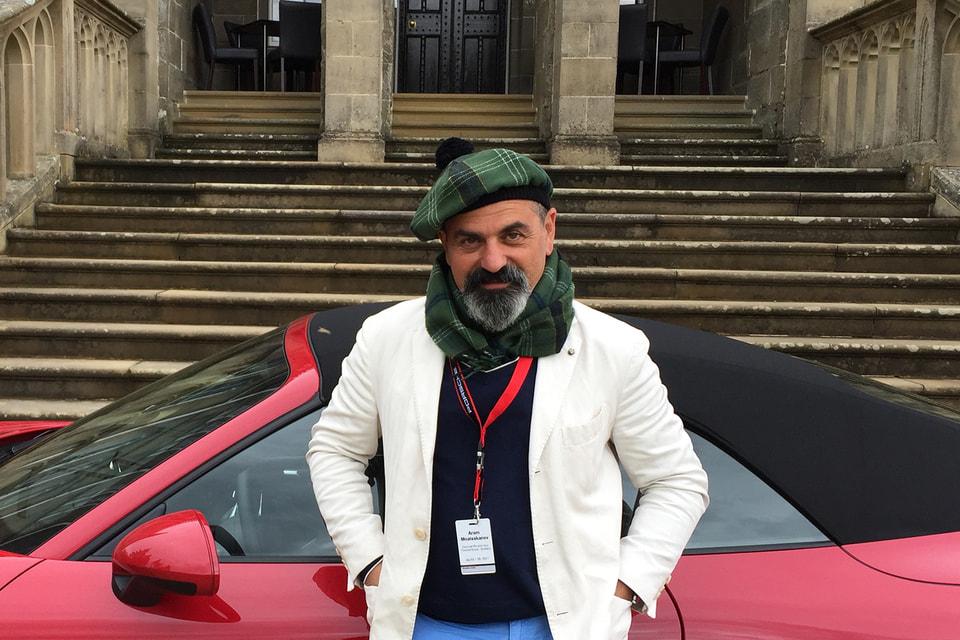 Российский ресторатор Арам Мнацаканов и его верный Porsche