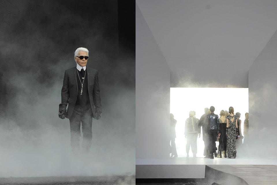Карл Лагерфельд в финале показа Chanel осень-зима 2011/12