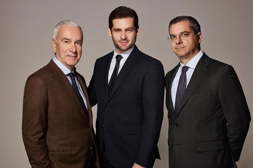 Слева направо: Председатель QuattroR SGR Андреа Моранте, председатель совета директоров Томазо Труссарди и генеральный директор QuattroR Франческо Конте