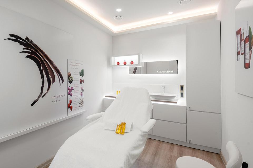 Новая спа-зона Clarins Skin Spa в Бизнес-зале «Рублёв» (терминал В)