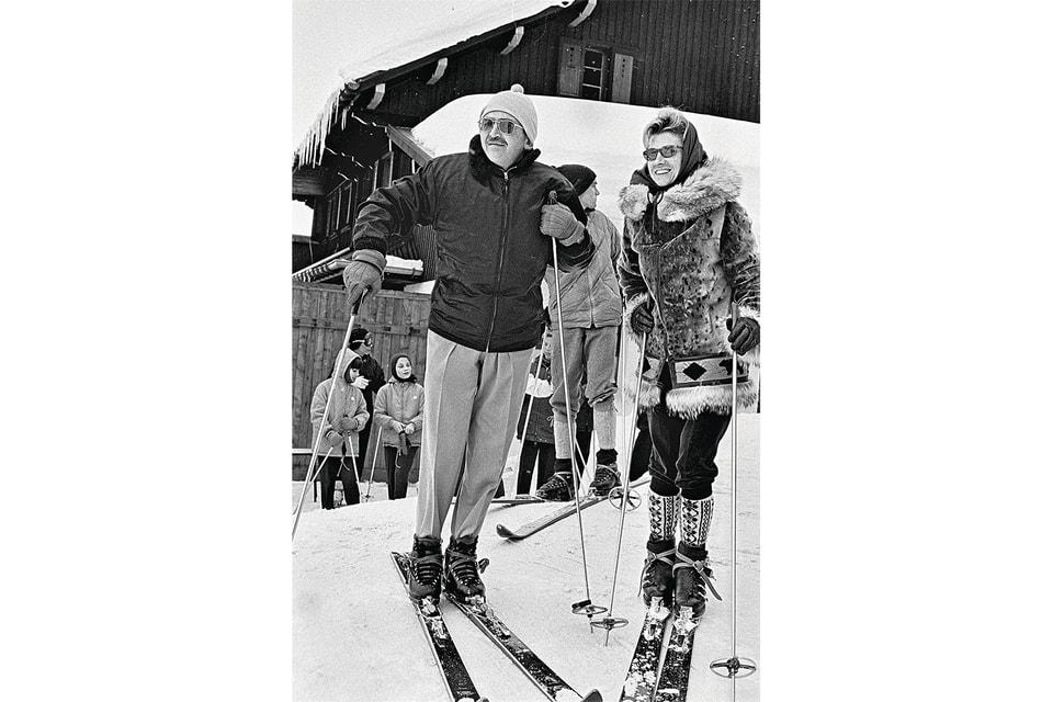 Барон Эдмонд де Ротшильд со спутницей, Межев, 1962 г.