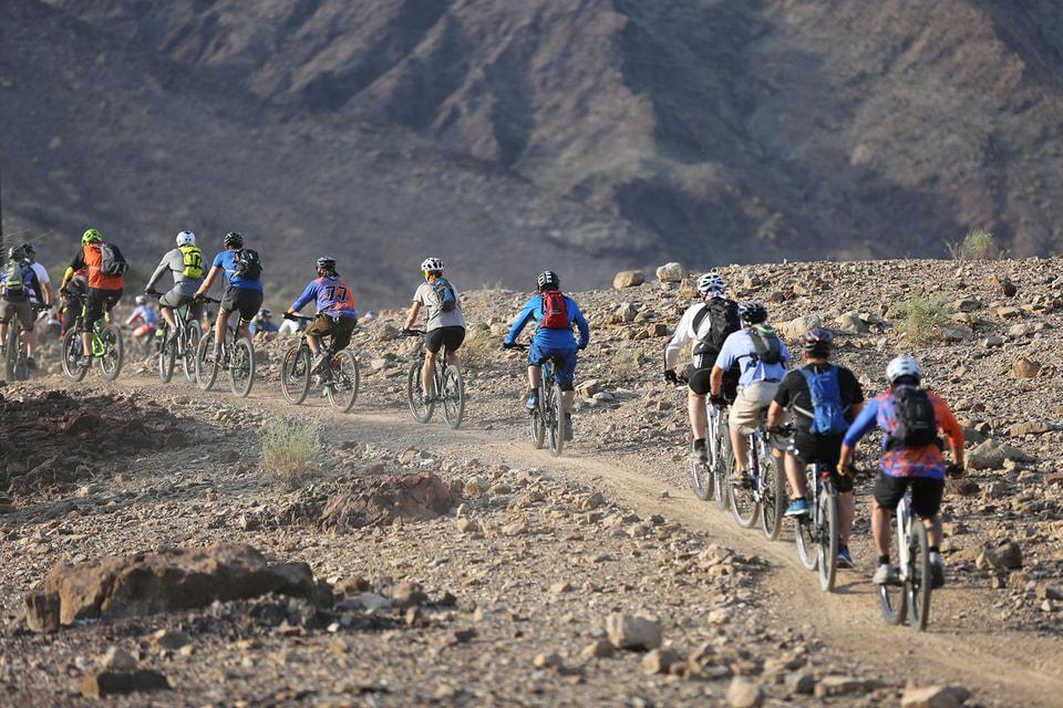 Катание на велосипедах, организованное Hatta Wadi Hub