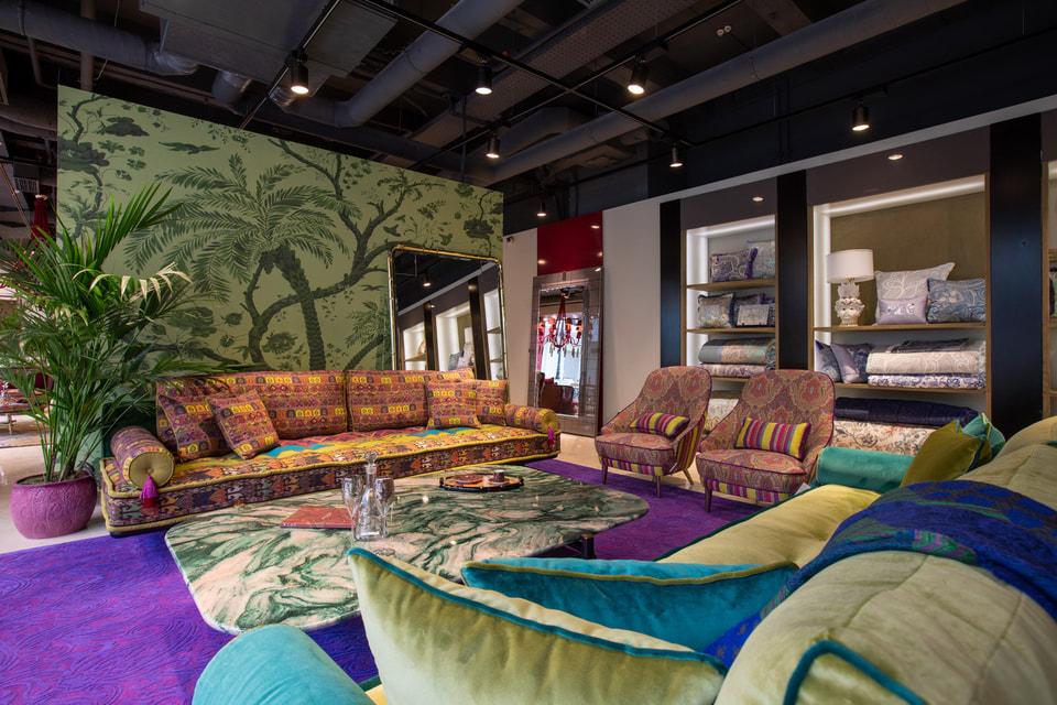 Новая линия  Etro Home Interiors разместилась в бутике в Петровском Пассаже