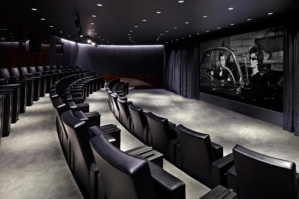 Кинотеатр рассчитан всего на 47 зрителей
